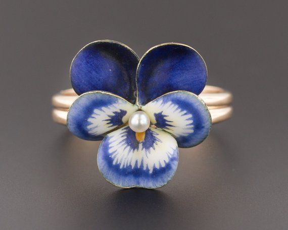 Pansies Have Long Associations With Love In A Midsummer Nights Dream Shakespeare Wrote About Pansy Extract As A Powerfu Flower Jewellery Jewelry Post Pansies