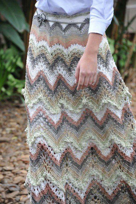 Юбка с подиума узором зигзаг от дизайнера одежды Ванессы Монторо