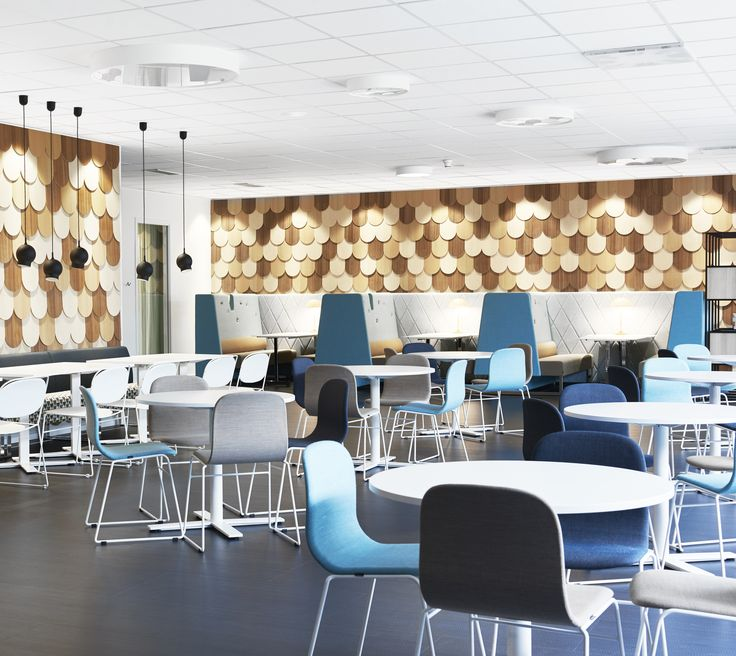 Le Mur compartment and table, design: Wivian Eidsauner & Marie Oscarsson | Neo Lite chair/armchair, design: Fredrik Mattson