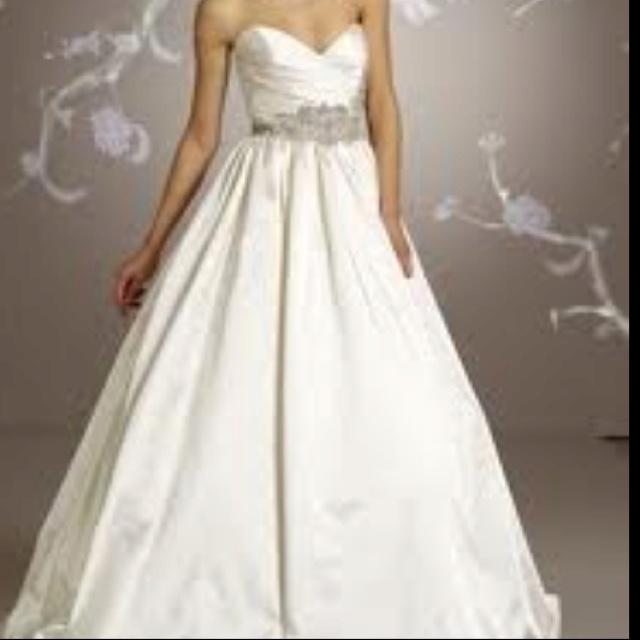 48 best Lazaro <3 images on Pinterest | Hochzeitskleider ...