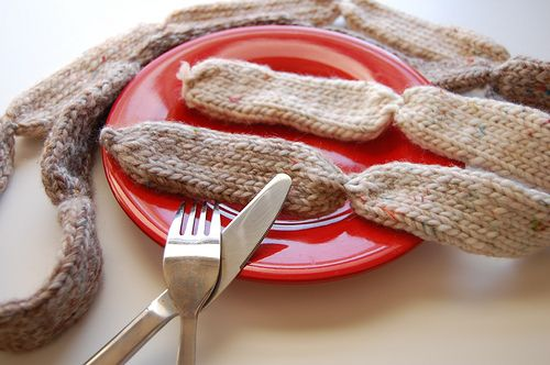 sausage sunday - a sausage neck scarf,: Neck Scarfs, Knits Scarves, Favourit Knithack, Sausages Neck, Sausages Sunday