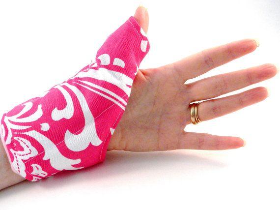 Pouce Main poignet coussin chauffant, paquet de la chaleur pour pouce poignet main enveloppement froid chaud, syndrome du tunnel carpien, textos, arthrite, cadeau cadeau unique fille rose