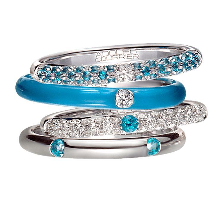 Ювелирные украшения в необыкновенно стильном исполнении. Золотые кольца с бриллиантами, которые потрясающе выглядят самостоятельно, и еще более потрясающе в общей композиции. Украшение добавит ярких красок в повседневность, обеспечит яркое настроение его владелице. Нотка ювелирной эксклюзивности – это то, что вам необходимо.