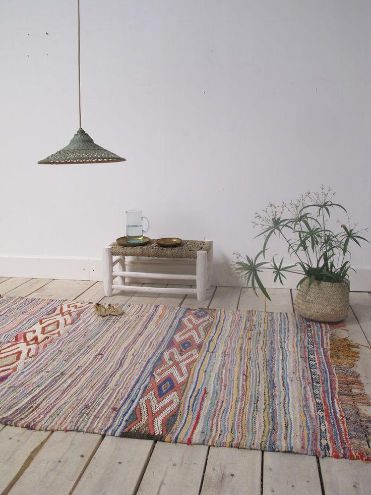 28 best killim et tapis images on pinterest carpet baby furniture and bedroom ideas. Black Bedroom Furniture Sets. Home Design Ideas