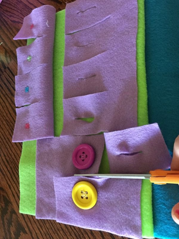DIY Quiet Book for the Crafty-Impaired (No Sewing Machine Required!) - Mother's Niche