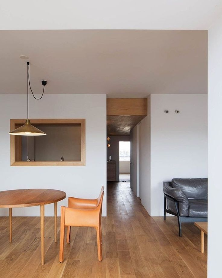 Yumiko Miki Architects designed each room in this minimalist Tokyo apartment to reflect still life paintings, through tones, colors, and compositional balance. : Kenichi-Suzuki. #architecture #interior #design #interiordesign #apartment #tokyo #japan #minimalism... - Interior Design Ideas, Interior Decor and Designs, Home Design Inspiration, Room Design Ideas, Interior Decorating, Furniture And Accessories