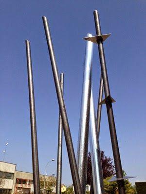 """Carla Rigato propone la scultura """"Fiume Colorado"""" per il Collettivo """"Ammantate Stelle"""", Venezia-Marghera"""
