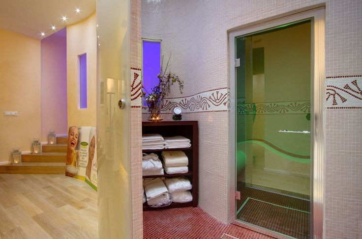 Delia wellness Centre & SPA - Piazza della Rotonda Rome  - A corner of #relax and #wellness #facing #Pantheon.  With #TravelPass 20% off on all #beauty #treatments and #massages. http://www.deliacentrobenessere.com/