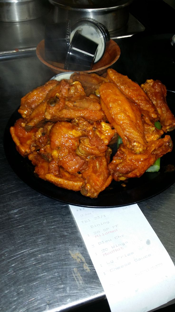 In 1969, the local tavern known simply as Duff's served up its first batch of chicken wings. Selling nearly 20 pounds of wings a week, Duff's began to create a name for itself and a reputation for hav