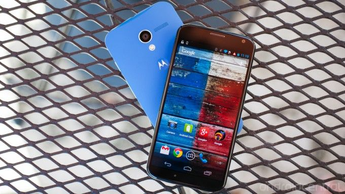 Motorola Moto X is now available in store at $500.