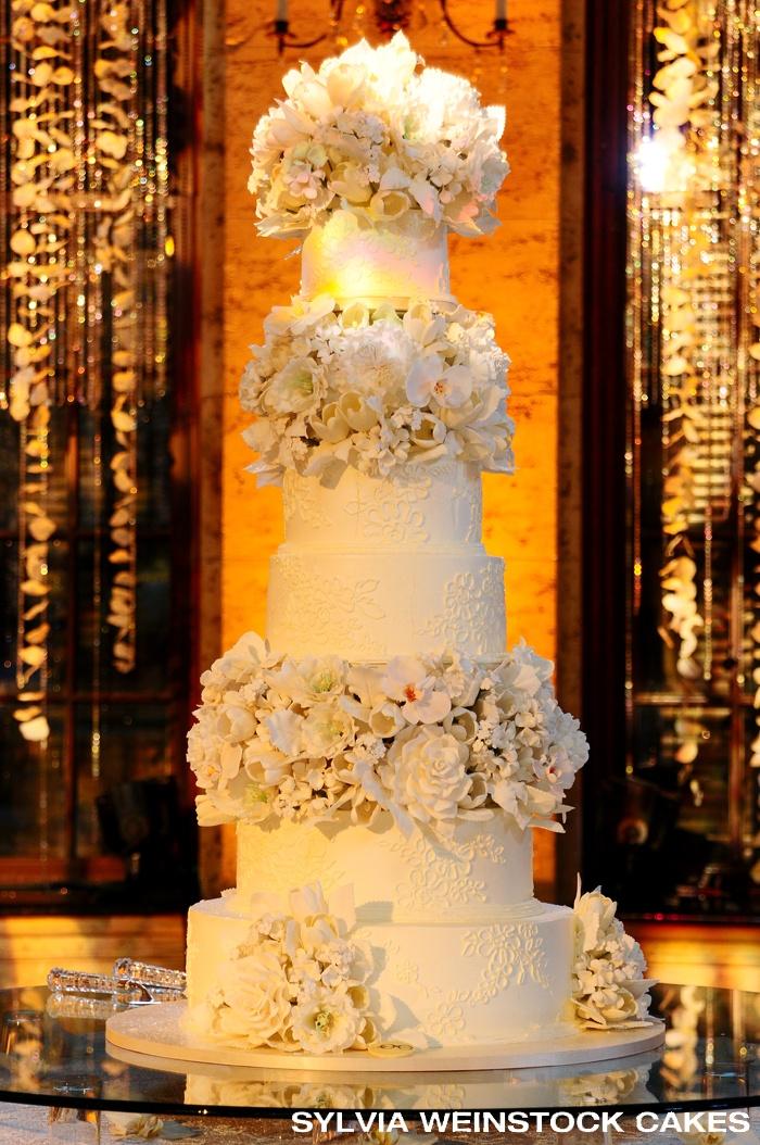Silvia Weinstock Wedding Cake - Amazing sugar flowers!