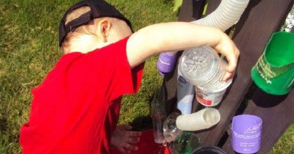 Comment fabriquer un mur d'eau pour les petits!
