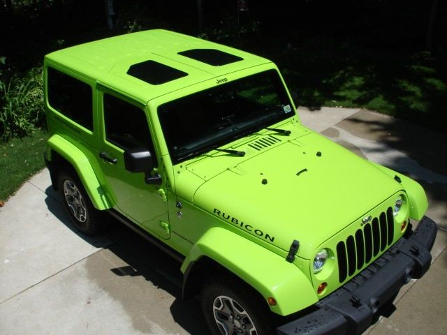 Does anyone know how to put a glass to (skylight) on a Jeep Wrangler Unlimited? - Jeep Wrangler Forum