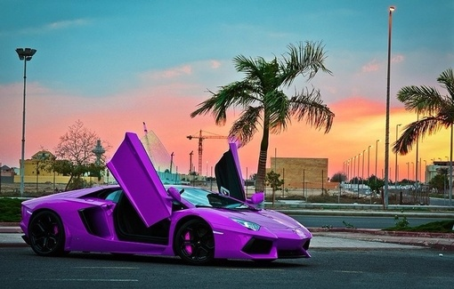 Woah! I would drive this in a heartbeat!
