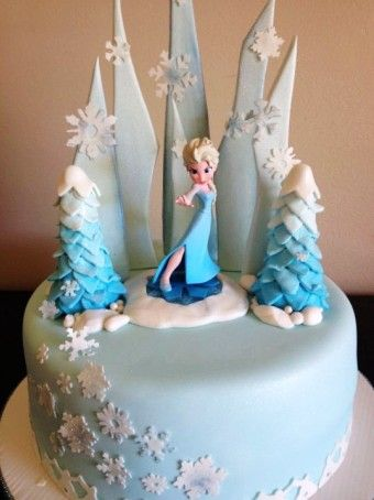 creative frozen halloween elsa cake for 2015 pastel blue snowflake cake boss - Frozen Halloween Decorations
