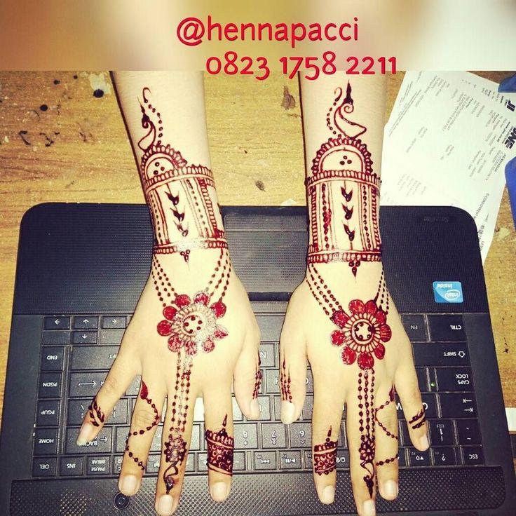 ALHAMDULILLAH... thx request an Hennapaccinya... Semoga acarax lancar ultah ya mba Ani... #hennamakassar #hennapainting #hennaart #henna #hennatattoo #mahendi #artwork #painting #handpaint #handstyle #hennaartismakassar #hennainspired #hennamaroon #instamoment #instagood #instaphoto #instalike #iphonesia #working #birthday