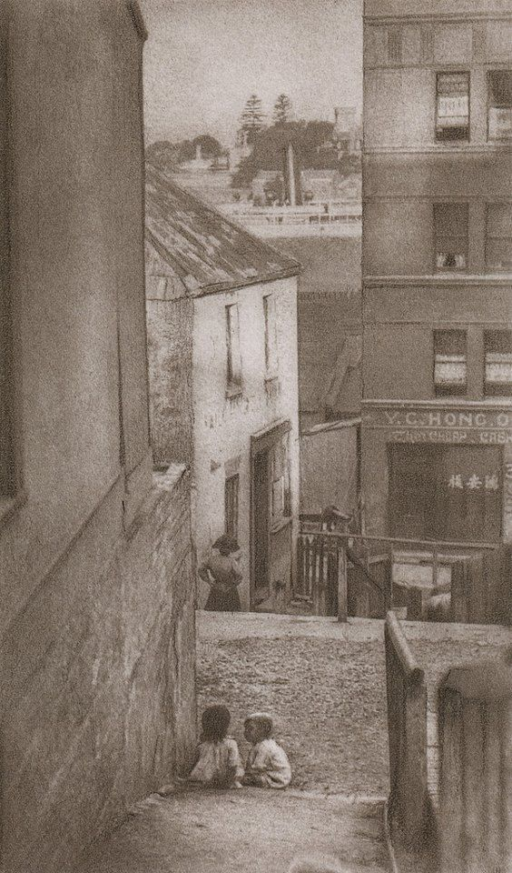 © Harold Cazneaux, A By-way to Lower George Street, Sydney, c. 1906