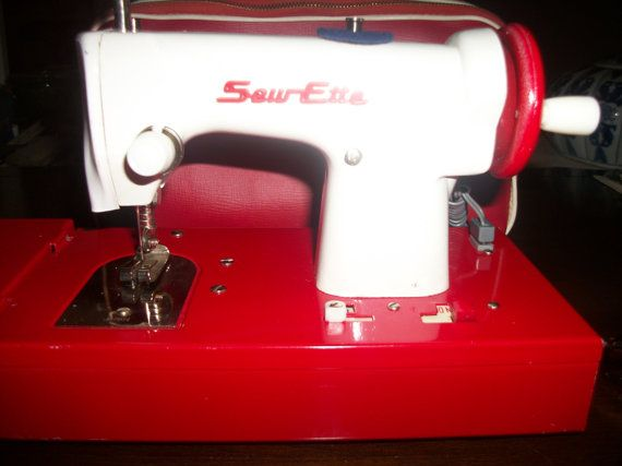 CUTE vintage 1950's child's SEWETTE sewing machine and original retro carrying case