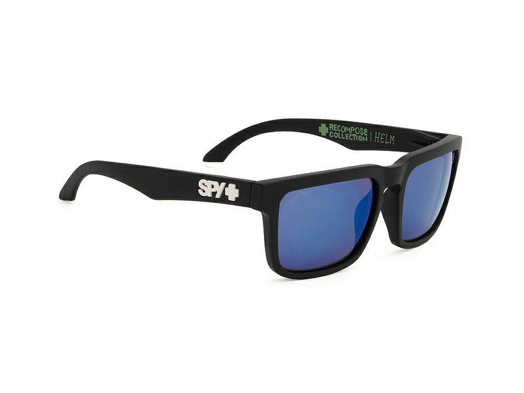 Spy Ηelm/Surfrider/Μatte Βlack-Βronze-w-Dark Blue Spectra/57-18 #spy #sunglasses #optofashion Το Spy είναι ενα κοκκάλινο γυαλί ηλίου με μαύρο ματ πλαίσιο και έντονο μπλε καθρέφτη. Το μεσαίο μέγεθός του και το ορθογώνιο σχήμα του ικανοποεί τα περισσότερα σχήματα προσώπου. Επέλεξε το Spy Ηelm/Μatte Βlack-Βronze-w-Dark Blue Spectra για μια ξεχωριστή και έξυπνη επιλογή.