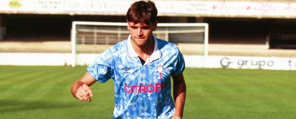 Tito Vilanova presentado como jugador del Celta de Vigo donde jugó de 1992 a 1995.