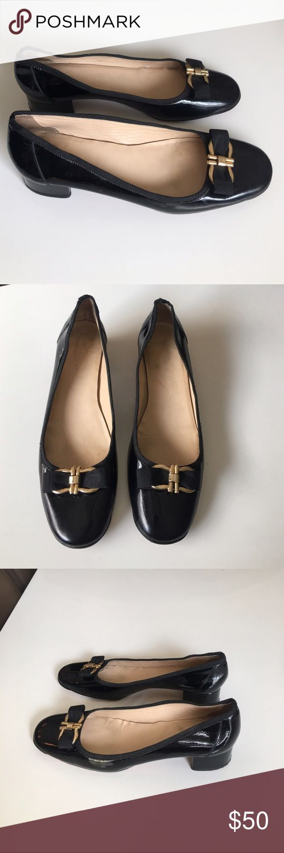 Sesto Meucci signature black leather flats sz 10 Sesto Meucci signature black patent leather flats sz 10 good condition light scuffs and insoles have some marks Sesto Meucci Shoes Flats & Loafers