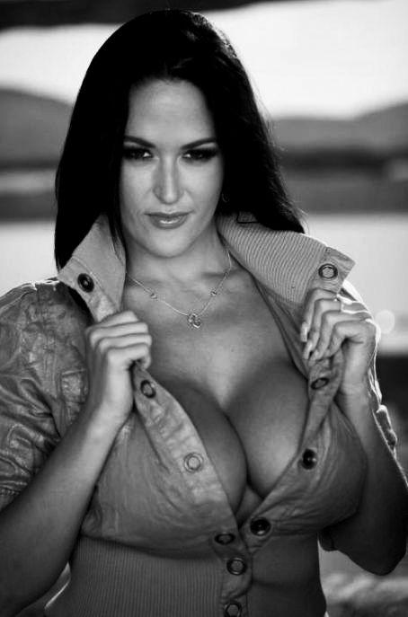 Carmella bing vidéos de sexe