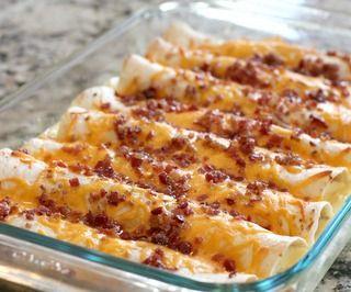"Bacon Breakfast Enchiladas (Serves 8) WWPP=15 #breakfast #brunch (Gotta find a way to ""skinny-fy"" this!)"