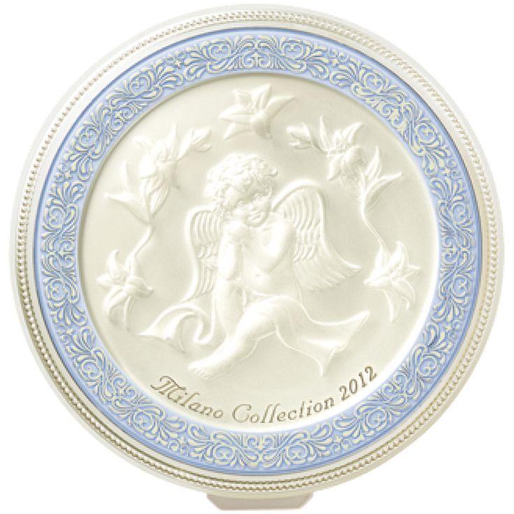 カネボウ ミラノコレクションは発売より28年目となりました。これまでに発売したフェースアップパウダーをご覧いただけます。