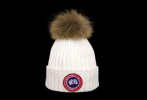 5c16aac8e Canada goose Winter Outdoor Sports Warm Knit Beanie Cap Pom Pom ...
