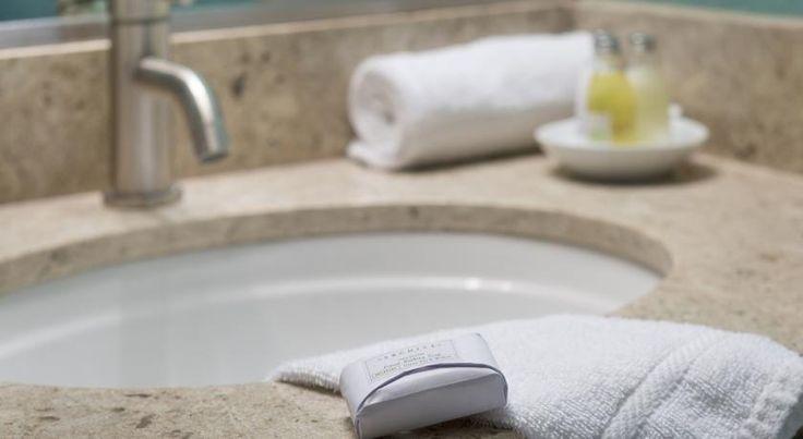 Alden Suites - A Beachfront Resort, St. Pete Beach, FL - Booking.com