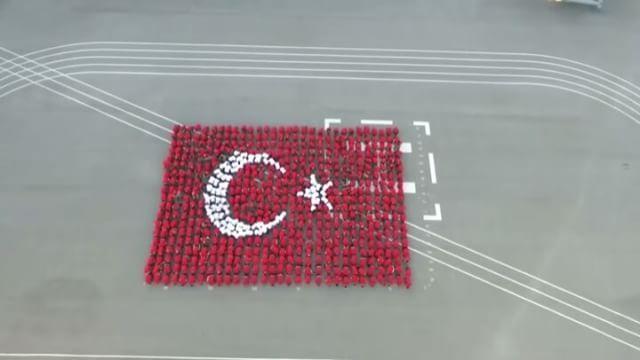 Asker bizim ! Polis bizim ! Bayrak bizim ! Vatan bizim ! Millet bizim ! Can bizim ! Kan bizim ! Bu ülke hepimizin !  Kahraman Türk askeri ile üniformalı teröristi  birbirine karıştırmayalım!  #Türkiye  #Türk #NoCoupInTurkey #Turkey #Turkish #تركيا #DarbeyeHayır #SahipÇıkalım #TurkishArms  #BuÜlkeBizim  #Turquie  #Turchia