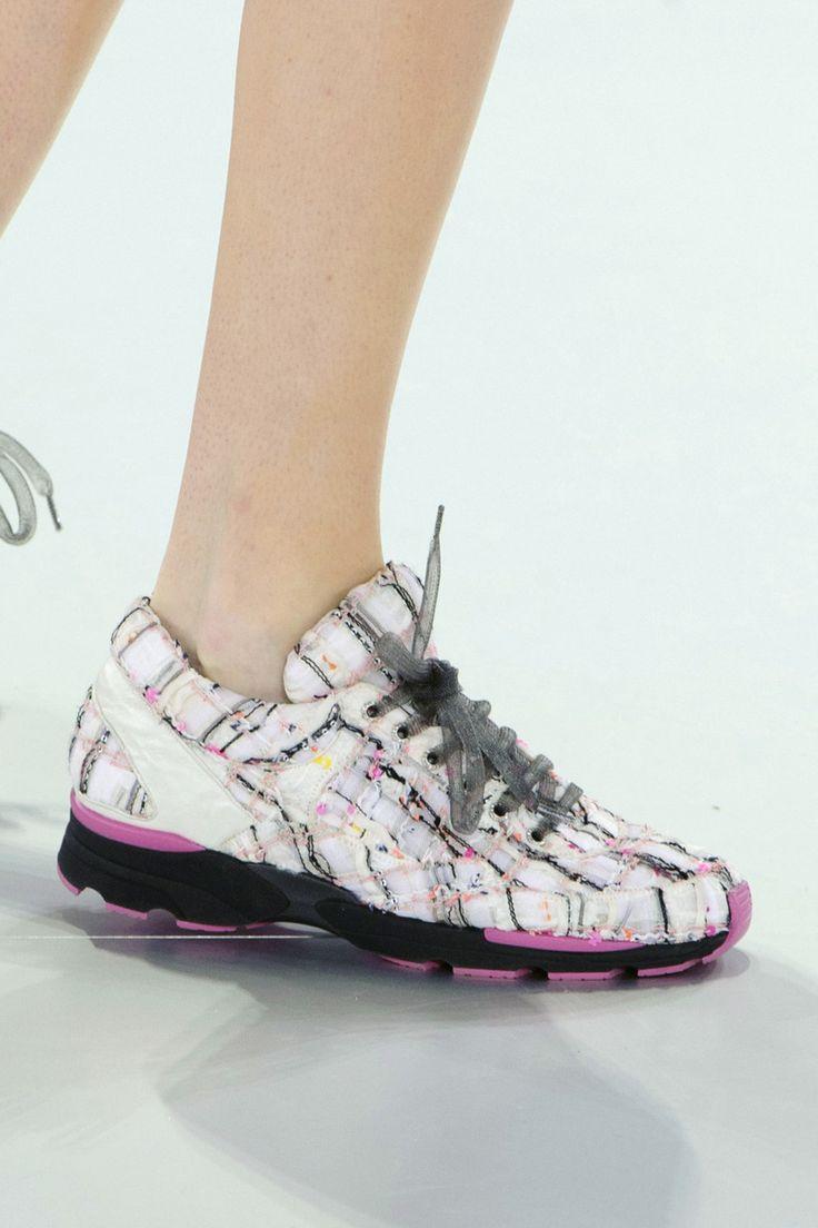 Prada Shoes Women Online
