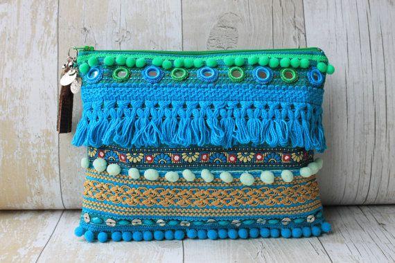 RENIQLO // Handmade Clutch Bag from Vintage textiles Handmade Handbags & Accessories - amzn.to/2ij5DXx Clothing, Shoes & Jewelry - Women - handmade handbags & accessories - http://amzn.to/2kdX3h7