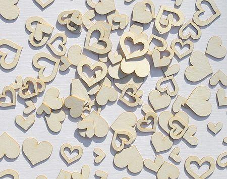 Natúr chipboard, tematikus díszítőelemek. Az örök klasszikus, a megunhatatlan. A szeretet jelképe, így nem csodálkozom ha sokszor megjelenik scrapbook alkotásokon is a szív motívum. Ezúttal ducibb, gömbölyűbb változatban. :) Átlag méret 2-5 cm. Paraméterek: Sav és ligninmentes karton ömlesztett csomagolás