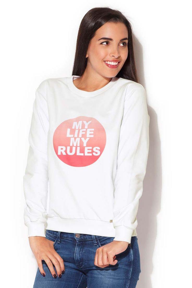 Bluza w odcieniach bieli z kontrastowym logiem uszytym z przodu i półokrągłym dekoltem