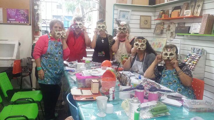 Seminario de Mascara Venecianas en el Taller de Vanesa Pena