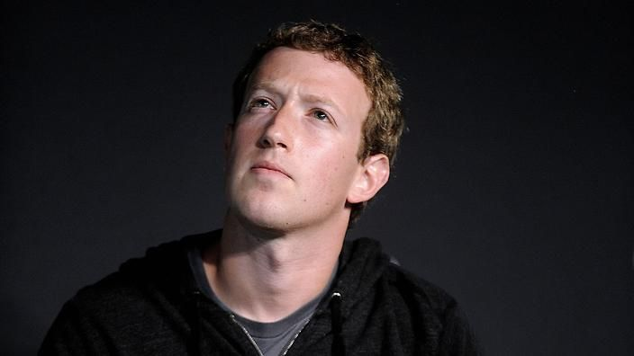 """Why Mark Zuckerberg wears the same t-shirt every day? """"I really want to clear my life to make it so that I have to make as few decisions as possible about anything except how to best serve the community,"""" he said. #ZooSeo"""