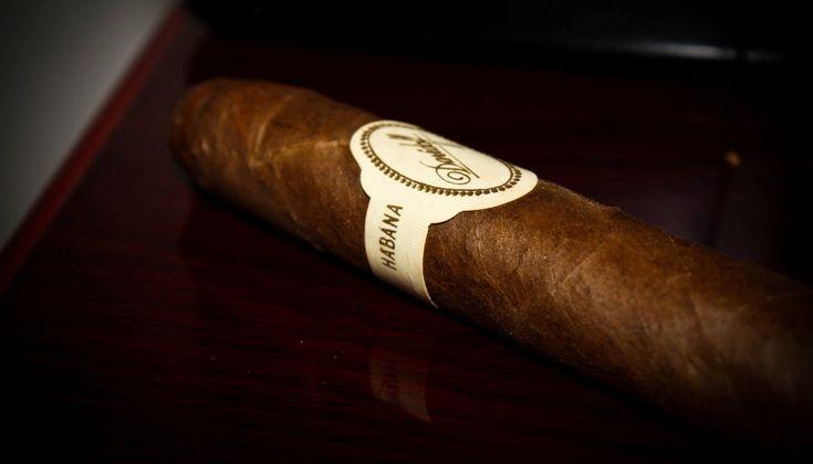 Ένα διαχρονικό top-10 των κορυφαίων πούρων που έχω καπνίσει τα τελευταία 30 χρόνια …από το καλοκαίρι του 1987 που δοκίμασα το πρώτο μου κουβανέζικο Davidoff.