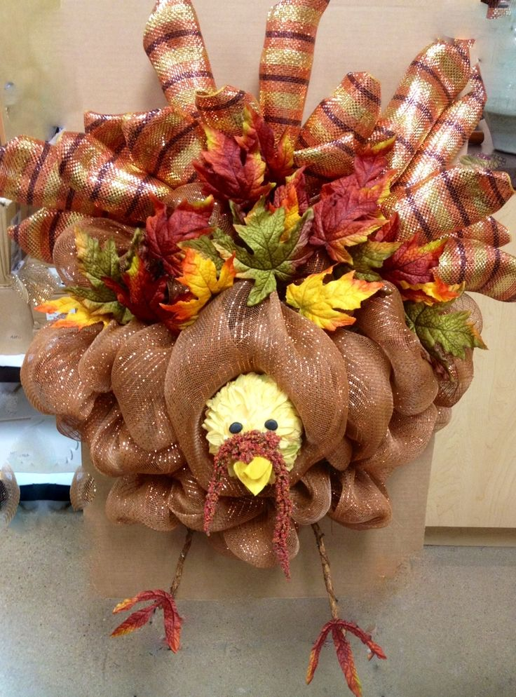 Gobble, gobble, gobble . . . Turkey day celebrated with Deco Mesh! How cute is this? Perfect for the front door!
