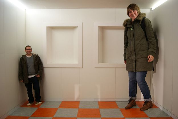 13 Psychological Mind Tricks That Will Mess With Your Head | 9. Ames Room: Ames rooms are built purposefully distorted to create an optical illusion.