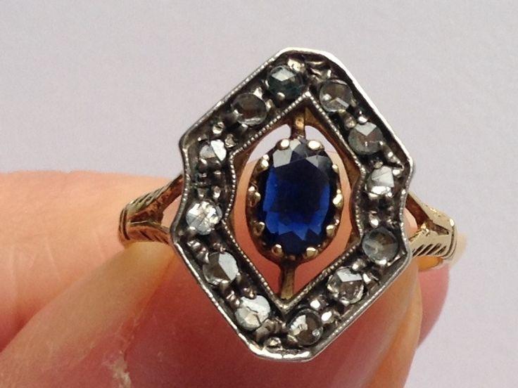 Art deco gouden ring met saffier en diamantjes