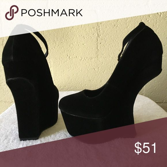 """Keisha cole Material:Faux-Suede. Color-Black. Wedge 6"""". TRUE TO SIZE. Closure-Ankle Strap shoe pie Shoes Wedges"""