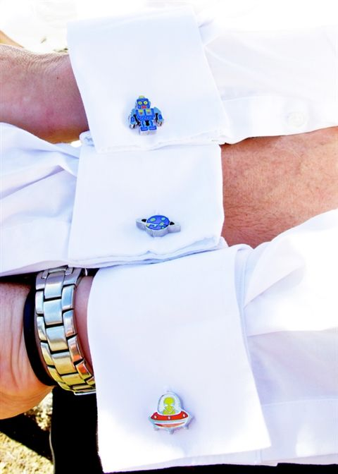 Cufflinks are a great wedding day gift and there are so many to choose from!