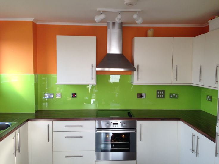 Orange lime green kitchen glass splashback by creoglass for Lime green kitchenware