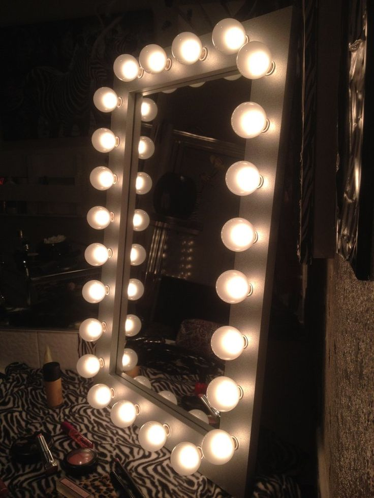 Silver Belle Lighted Vanity Make Up Mirror Frame Sizes