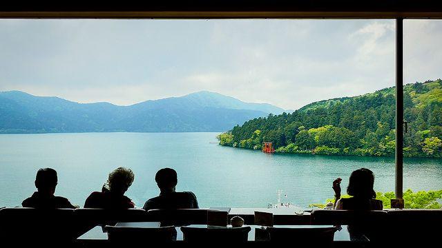 箱根 芦ノ湖 | Photo taken at Narukawa Art Museum in Hakone, Japan… | Flickr