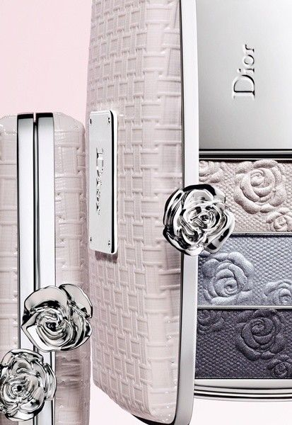 This Garden Rose Palette from Dior is simply divine. I don't have it but some websites still have it available so there is still a chance.