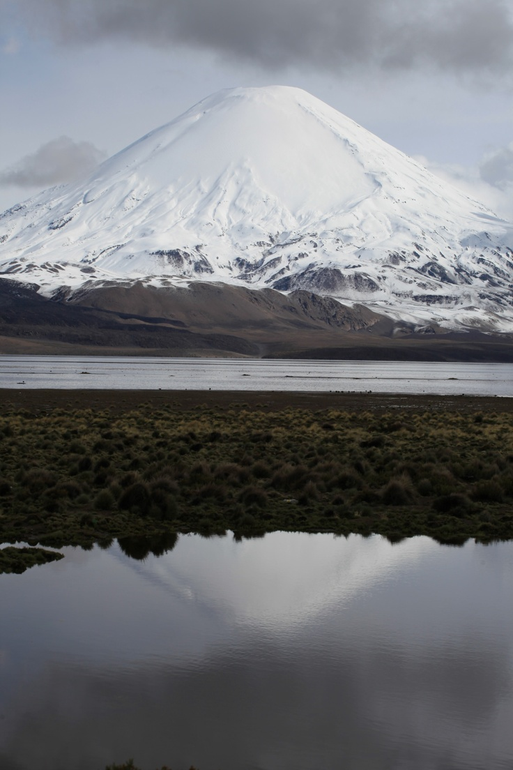 """chile's mountain """"fire and ice""""."""
