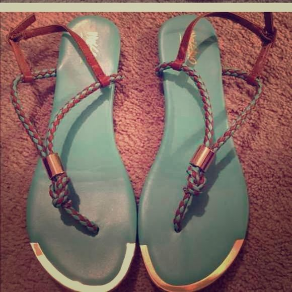 Mossimo Supply Co mint sandals Mossimo Supply Co mint green sandals with gold edging, excellent condition even the soles these go great with maxis, worn once Mossimo Supply Co Shoes Sandals