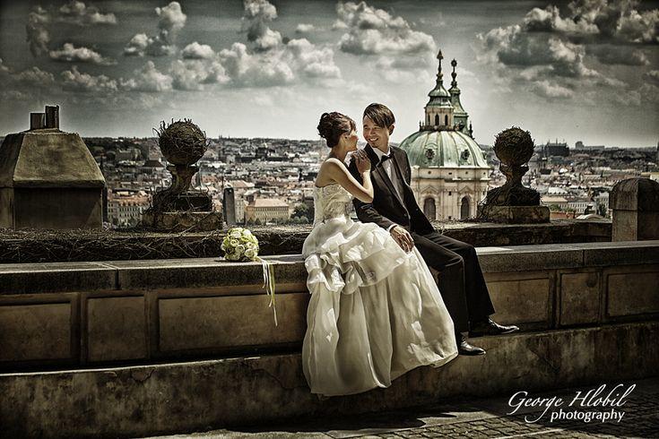 Pre-wedding photo shoot inPrague